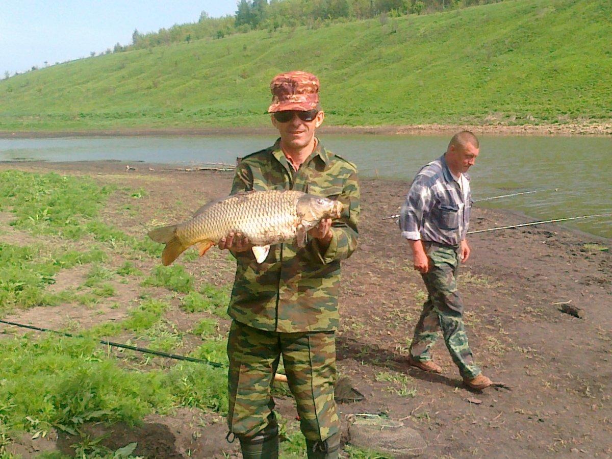на что ловить рыбу в августе на ахтубе